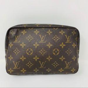 Authentic Louis Vuitton Trousse Toilette 23